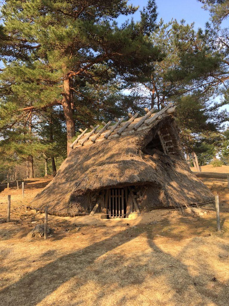 竪穴住居➀
